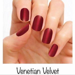 Color Street Nail Strips - Venetian Velvet